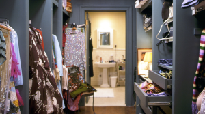 Carrie definitely has the dream closet.Image source: Jenny by Design